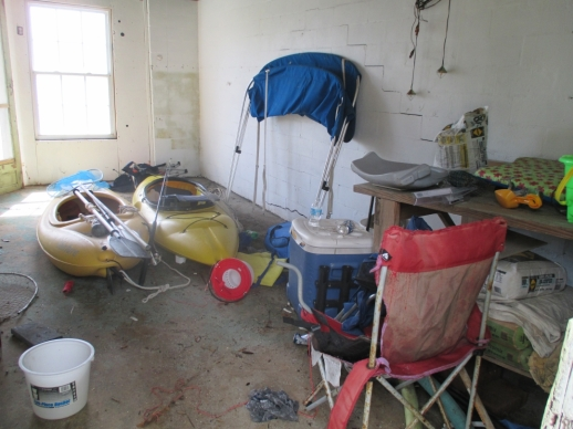 kayaks junk boathouse