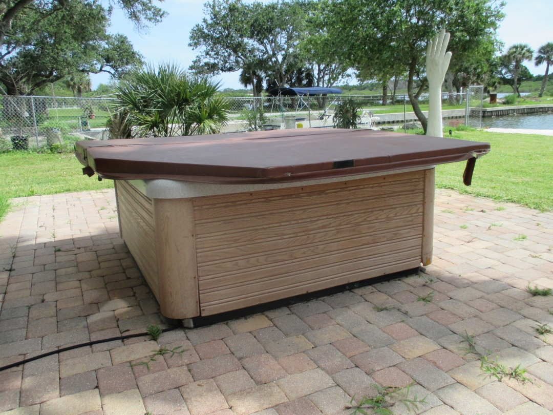 Florida vacation rental review part 4 seashells by millhill for Florida hot tubs