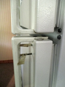broken door on refrigerator