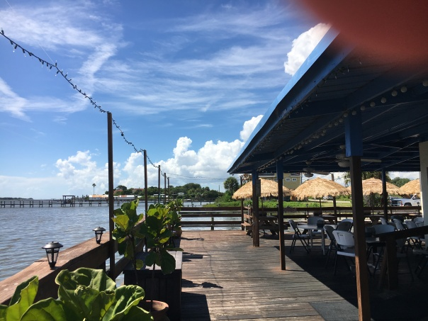outdoor dining by the Indian river