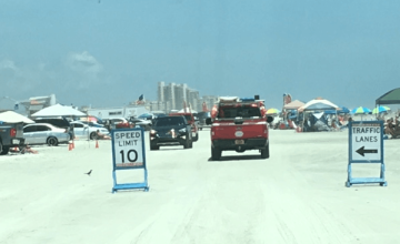 crowded beach drive on