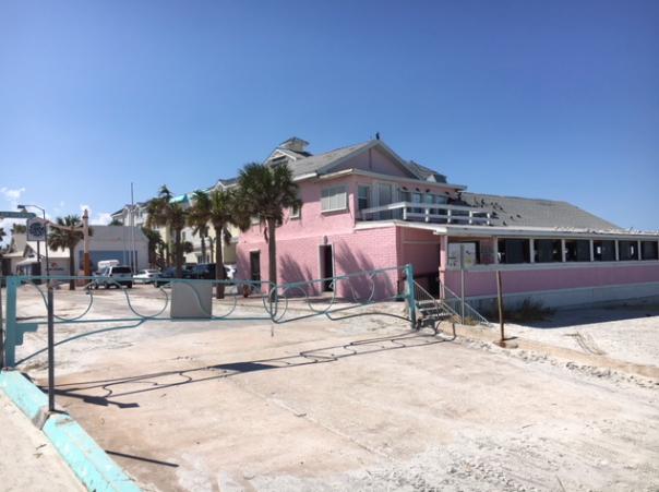 Breakers restaurant on the beach